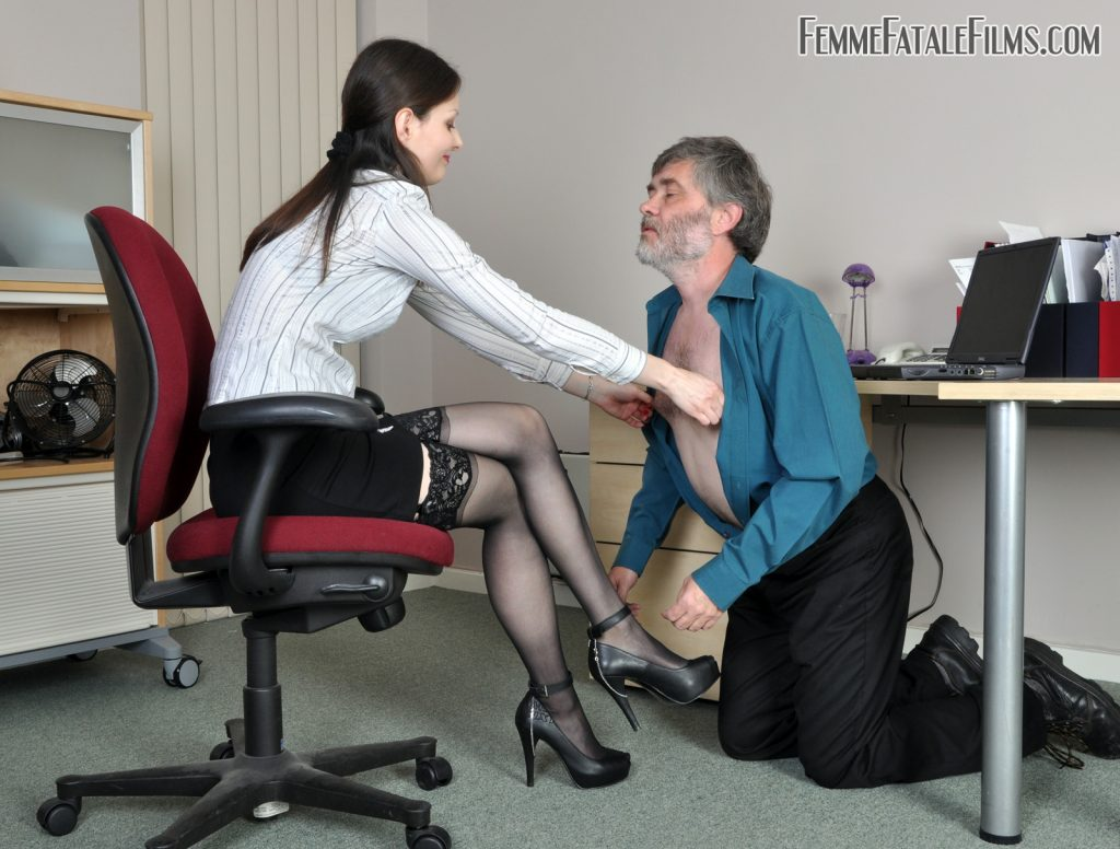 Featuring Mistress Arella. The office repairman gets caught staring at Arella from beneath her desk and soon gets a face full of what he's been looking at, in a fashion that's too close for any kind of comfort. Face sitting, face slapping, spitting, trampling and humiliation, all become part of this hapless guys unfortunate day!