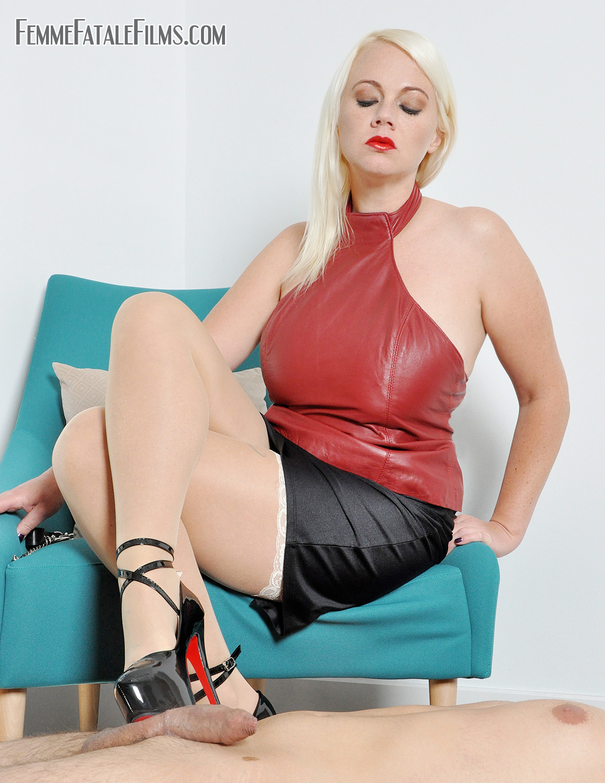Ball Busting Mistress Heather Divine as many of you know is one of Mistress Heather Divine's most favourite activities, he wanted and needed more punishment