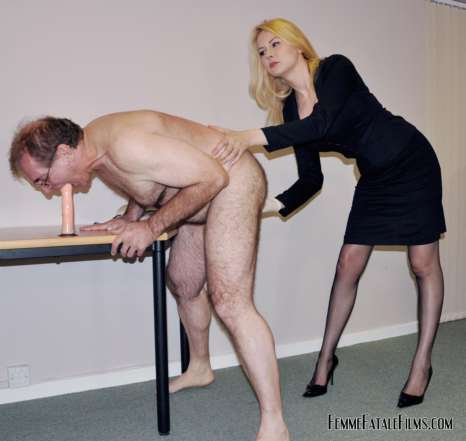 Femme fatale porn