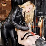 Offering Himself with Mistress Eleise de Lacy