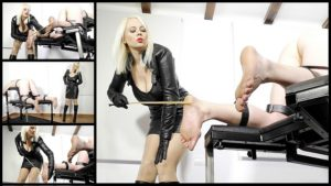 Featuring Divine Mistress Heather. Being versatile is a quality which most Mistresses look for in a potential slave... to me this means them taking almost anything and everything I want to throw at them, including some of the most excruciating activities, not least of which is the art of bastinado! This slave had never received it before, so it was a pleasure introducing him to extreme suffering!
