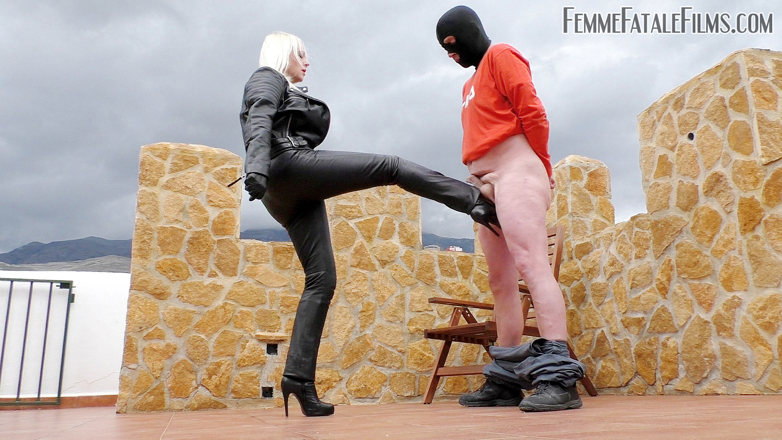 Ball Busting Leather Milf